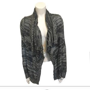 Derek Heart Duster - Blue/Gray and White in color
